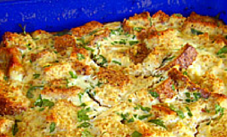 Chicken Strata a la King recipe - mix the ingredients the night before, a few hours in advance or just before taking.