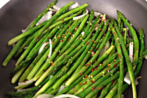 Pan Fried Asparagus with Onions & Red Pepper