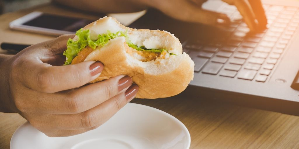 eating at computer