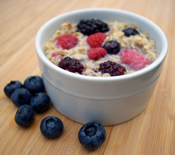berry-oatmeal