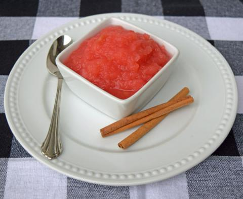 rosey-cinnamon-applesauce-dip