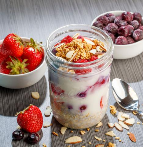berry--good-overnight-oatmeal
