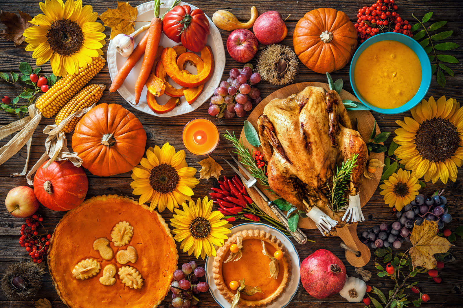 Table of Thanksgiving foods